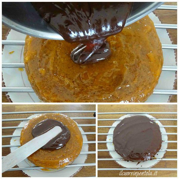 versare ganache sulla torta