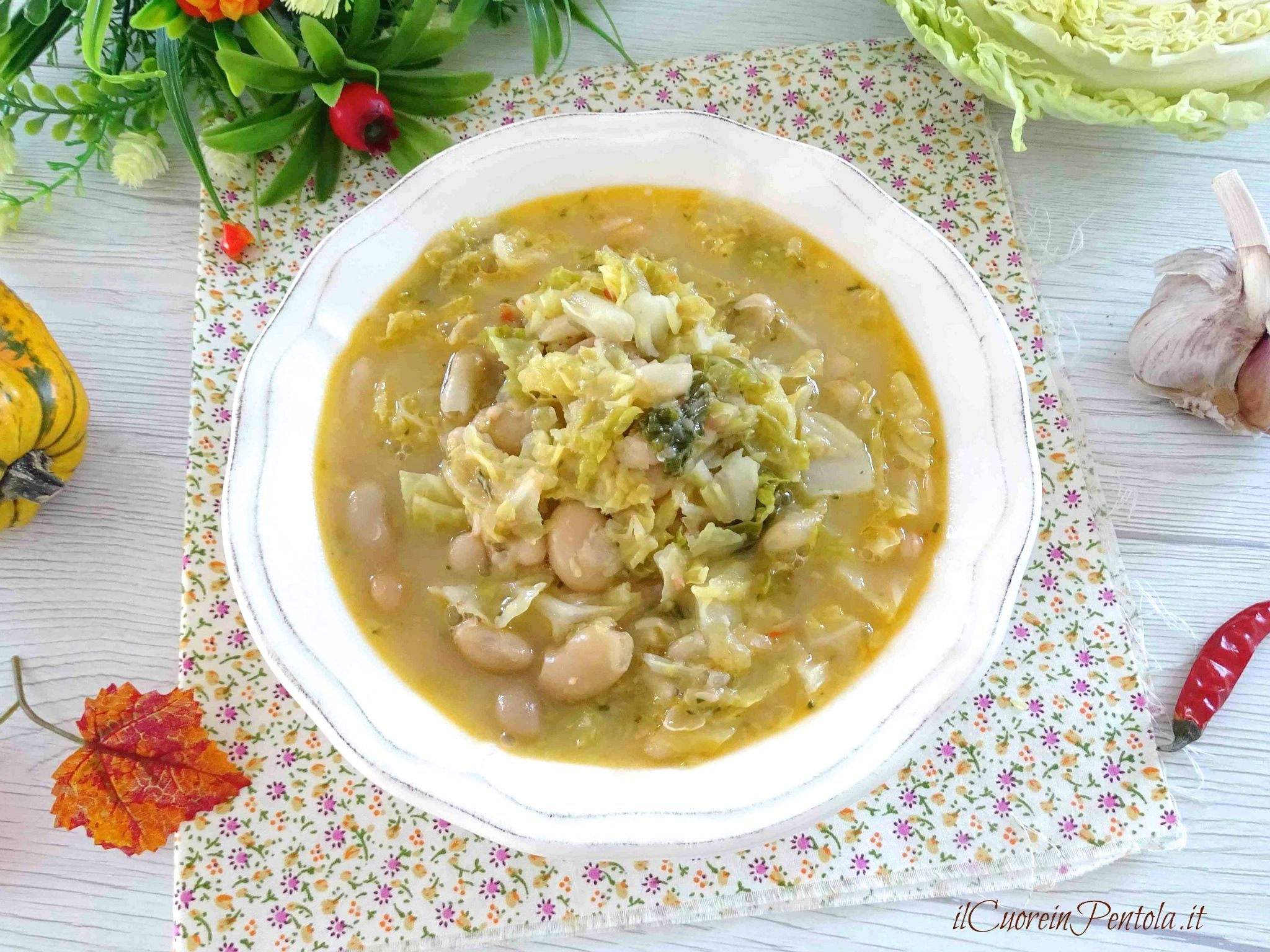 zuppa di verza e fagioli
