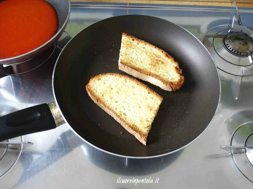 tostare pane