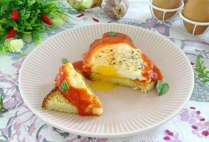Uova al pomodoro