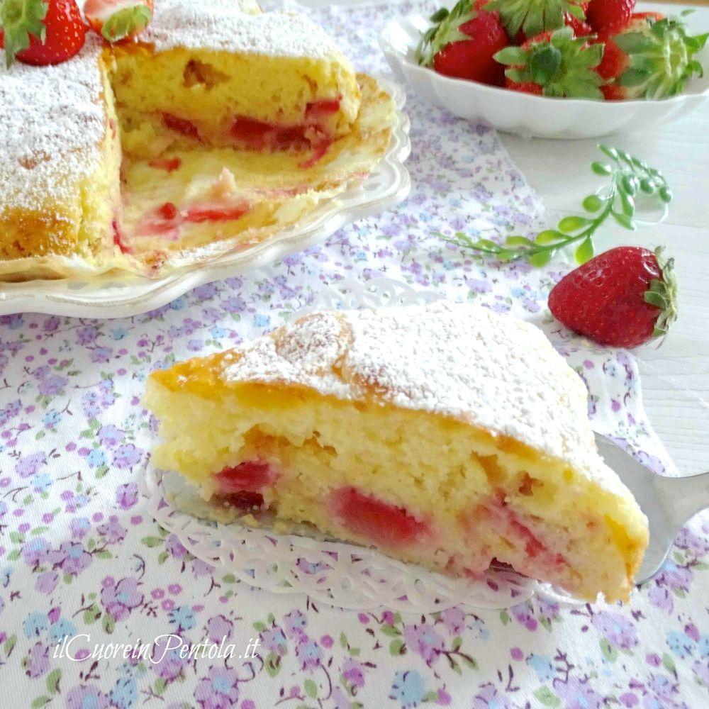 torta di fragole fetta