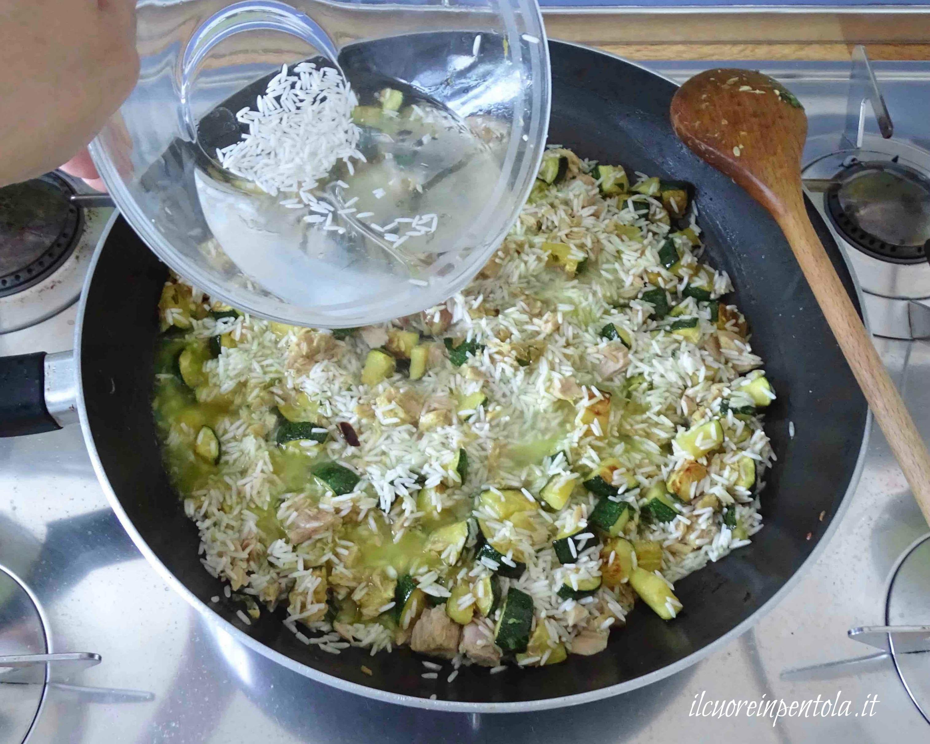 Come cucinare il riso basmati scuola di cucina il cuore for Cucinare basmati