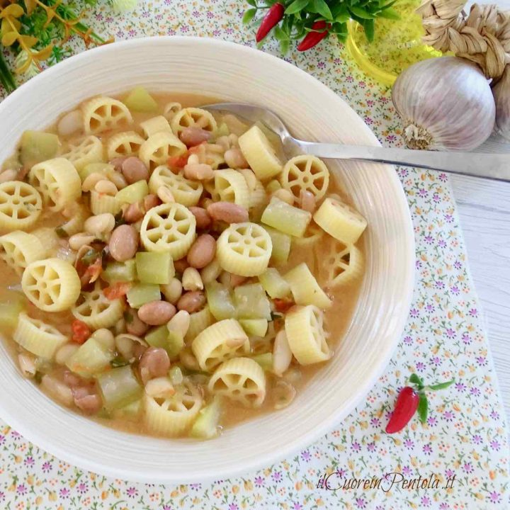 minestra di fagioli e zucchine
