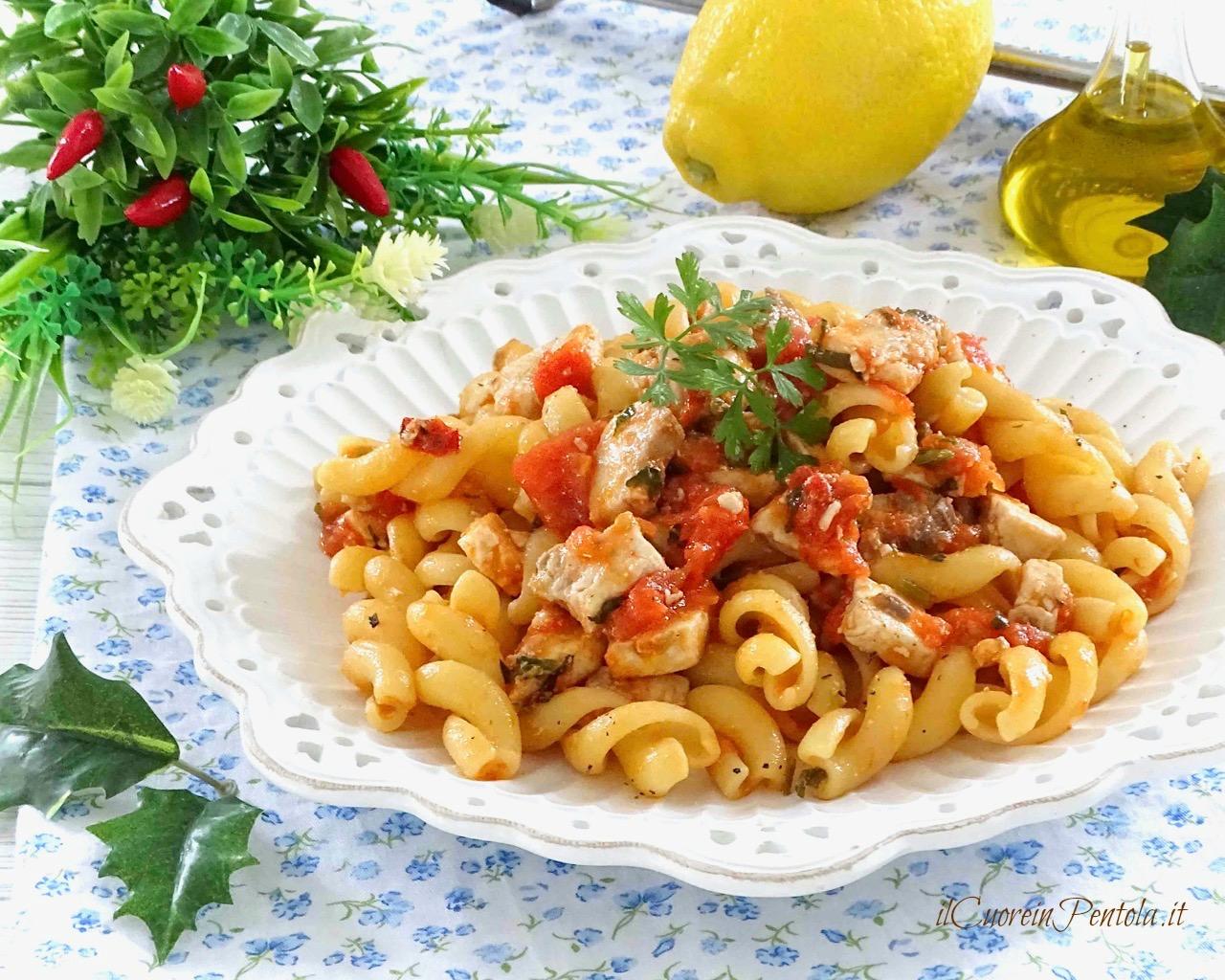 Pasta con pesce spada ricetta il cuore in pentola for Pasta ricette