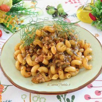 pasta con salsiccia e finocchietto