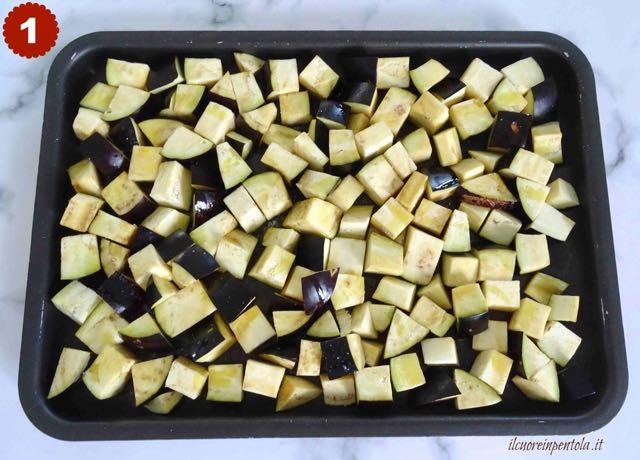 tagliare melanzane a tocchetti