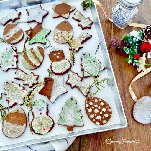 biscotti di natale semplici decorati