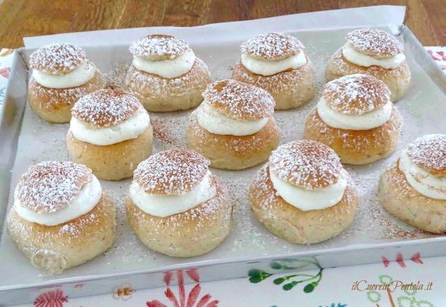 biscotti di san martino con ricotta