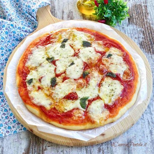 pizza senza lievito di birra cotta