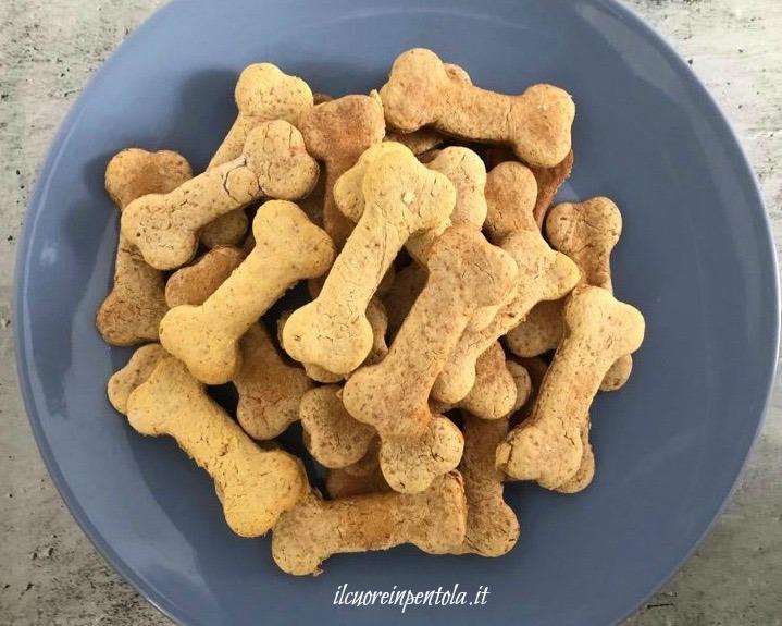 biscotti per cani cotti