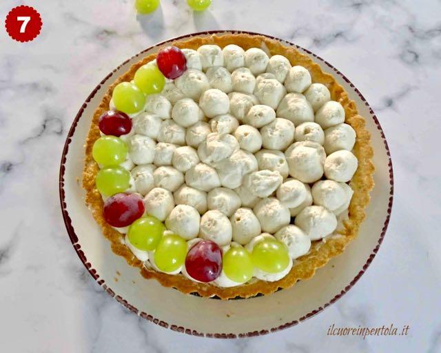 decorare crostata con l'uva