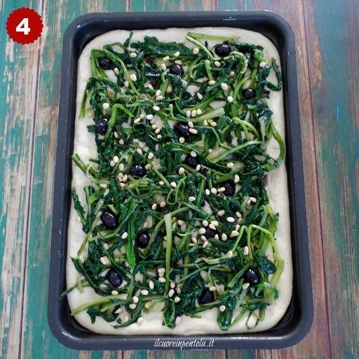 aggiungere verdure, olive  e pinoli