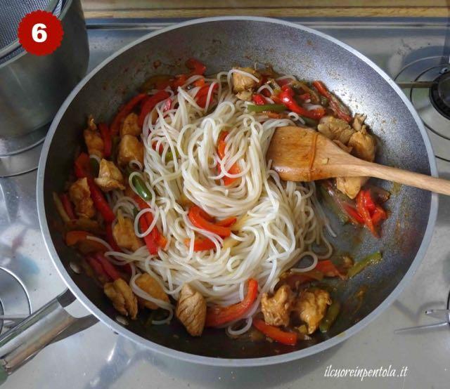 saltare spaghetti di riso