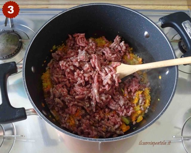 rosolare carne