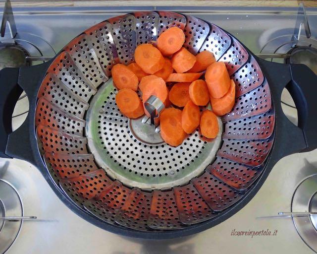 posizionare carote nel cestello