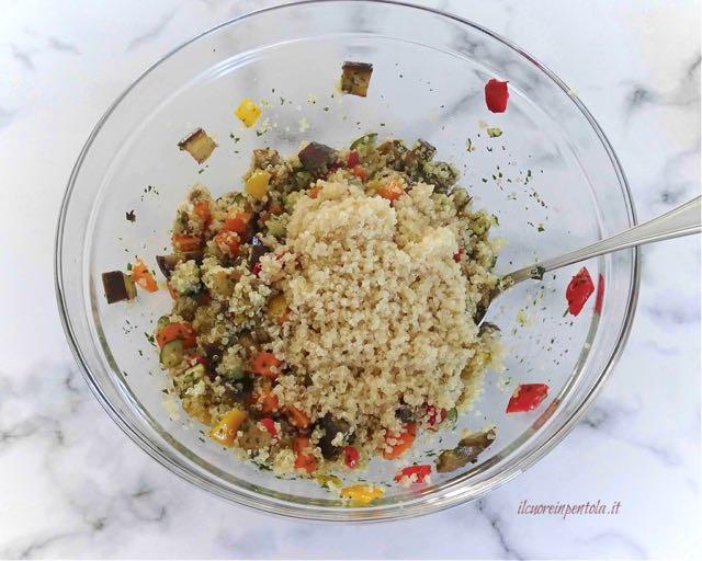 mescolare quinoa e verdure