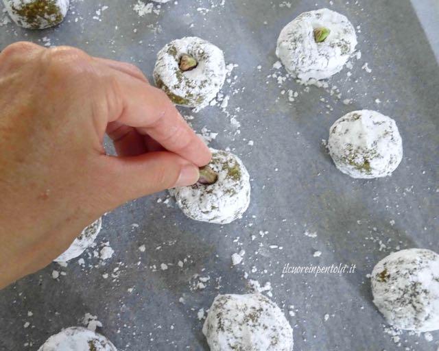 decorare con pistacchi
